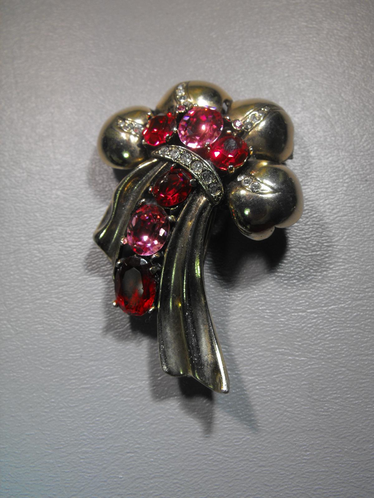 Eisenberg Original Vintage Pink Amp Red Pin Clive S Unique
