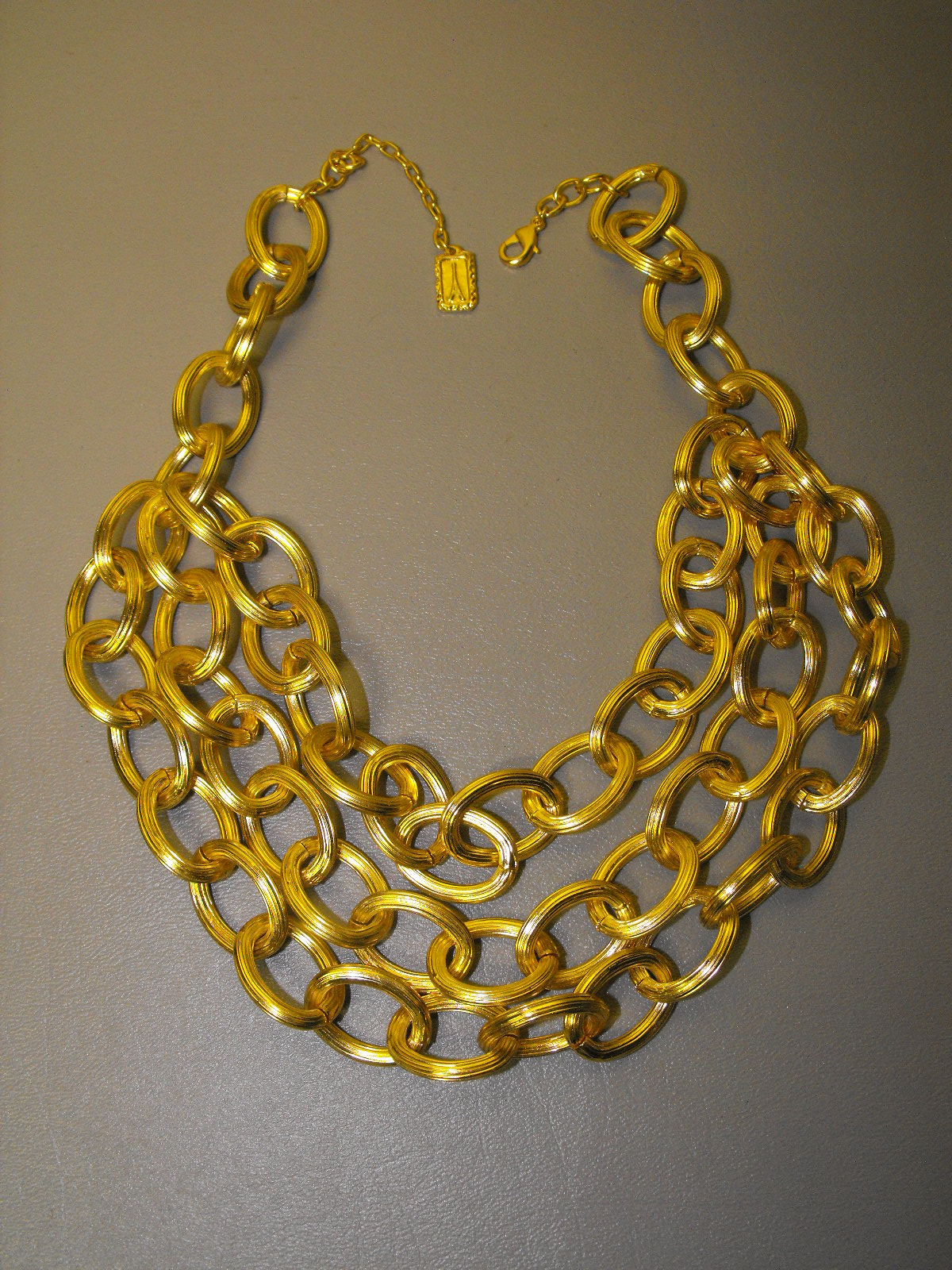 24 Kt Gp French Designer 3 Strand Ribbed Chain Necklace
