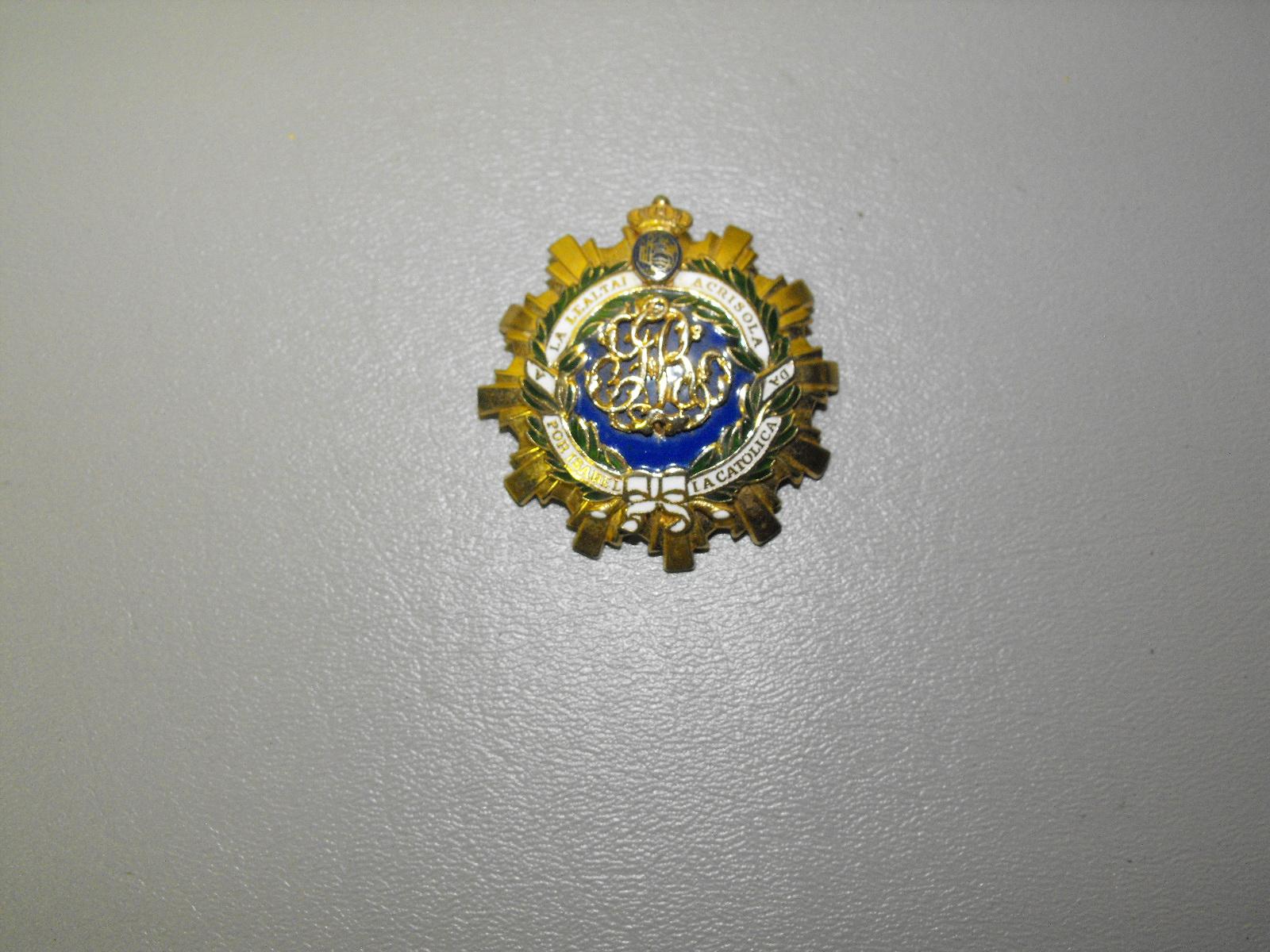 Coro Signed Vintage Spanish Royal Order Of Isabella Pin